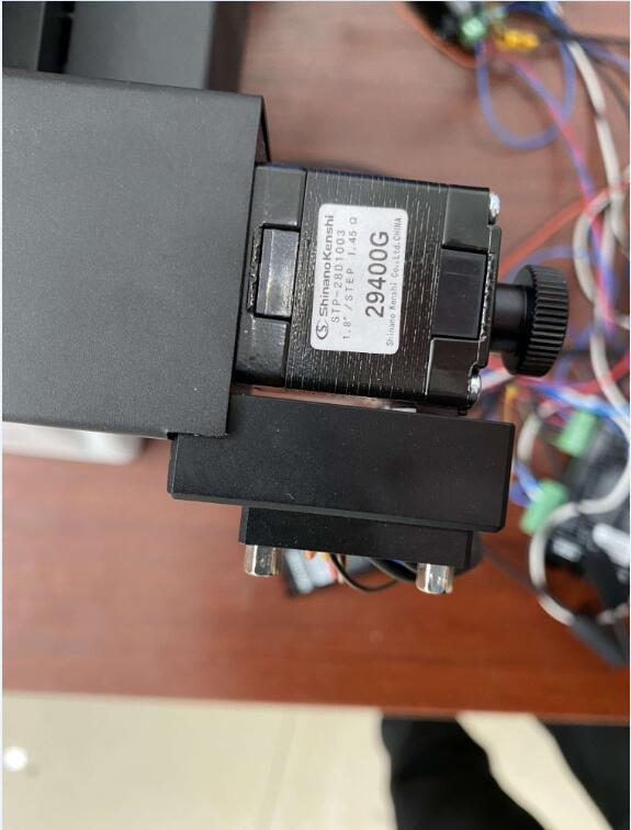 信浓电机用在高端显微镜观察设备